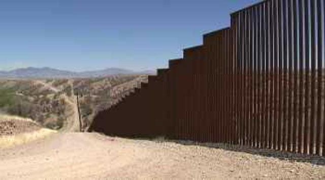 Border fence (Source: KPHO/KTVK)