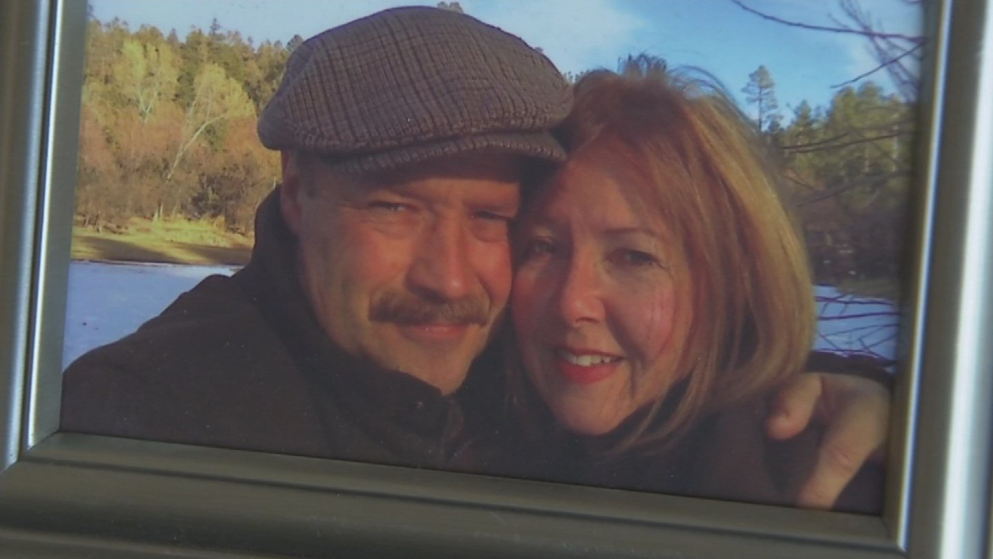 Christin Bowra with her husband, Christian Hans Munster (SourcE: KPHO/KTVK)