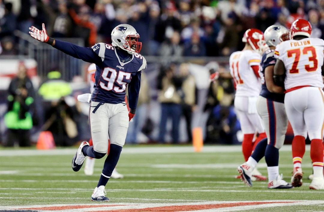 Chandler Jones (AP Images)