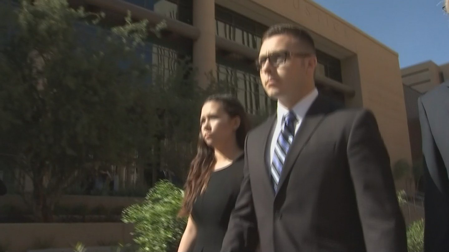 Mitch Brailsford leaving court after pleading not guilty to a second-degree murder charge (Source: KPHO/KTVK)