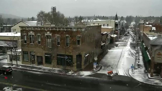 Very light snow fell in Coconino County early Tuesday morning. (Source: Flagstaff webcam)