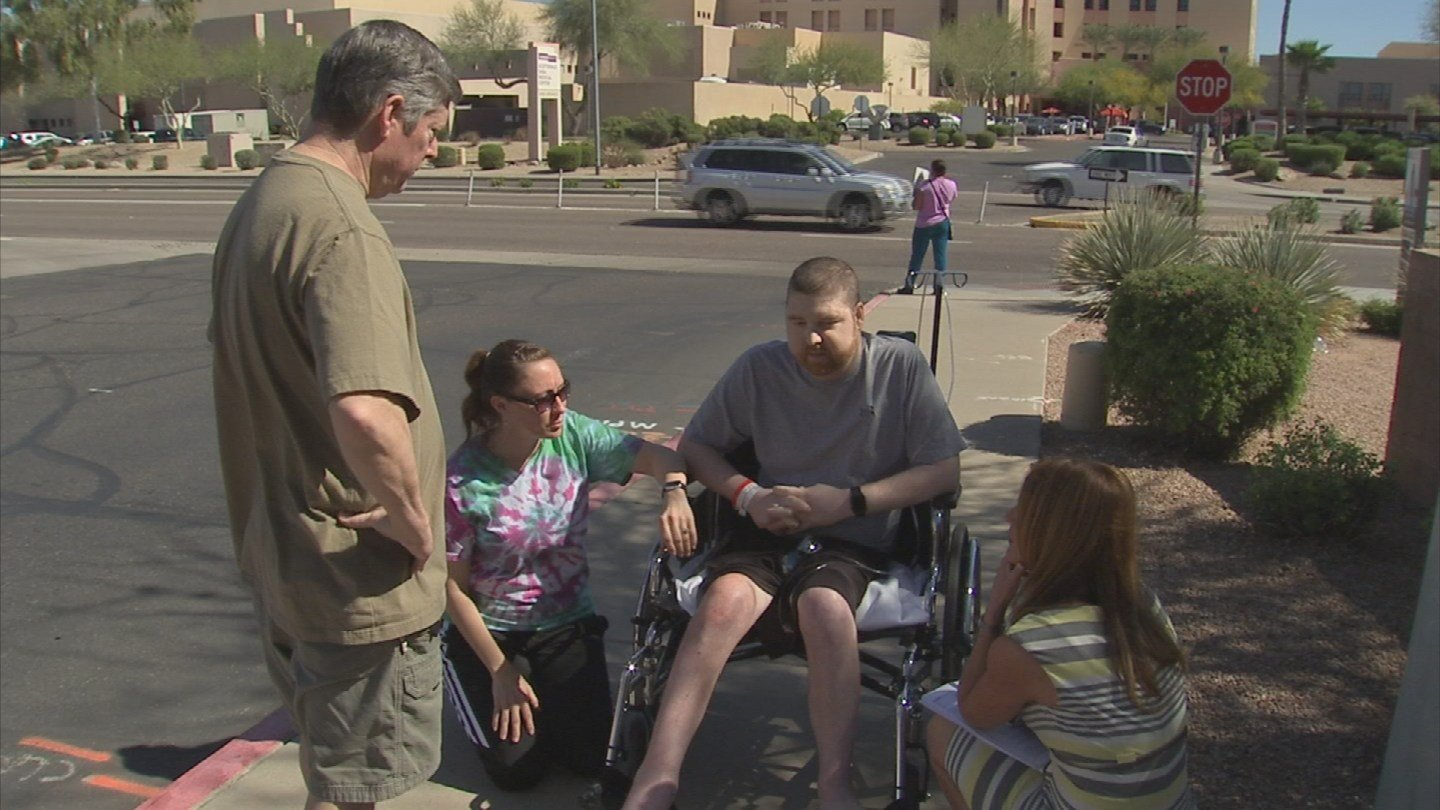 Army veteran John Marshall was fighting terminal cancer while at the same time, fighting the Phoenix VA for service-related benefits (Photo source: KPHO/KTVK)