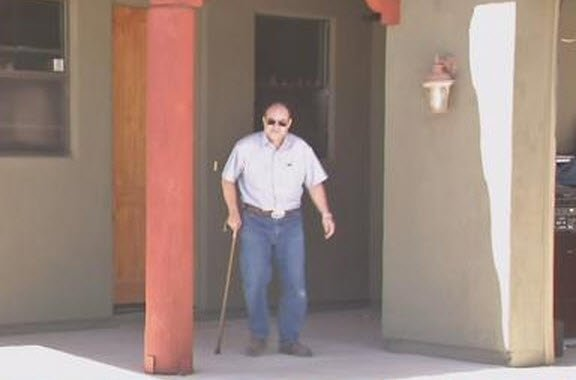 Vet waits years for surgery (Photo source: KPHO/KTVK)