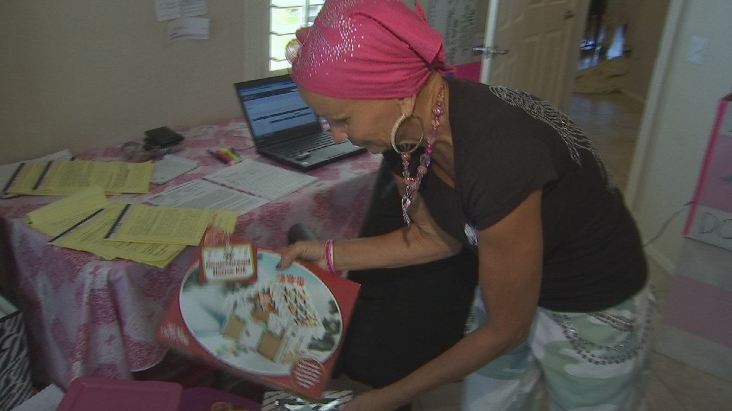 Reba Mason is giving back while fighting breast cancer. (Source: KPHO/KTVK)