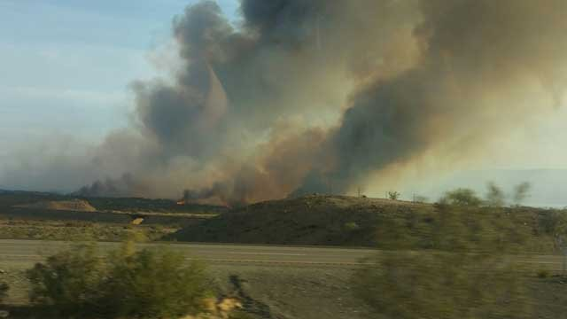 A wildfire is burning along the Colorado River in Arizona and California. (Source: Camille Goulet)