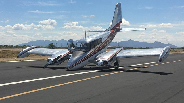 The pilot of a Cessna was forced to make an emergency landing when the plane's landing gear failed (Source: Glendale Fire Dept.)