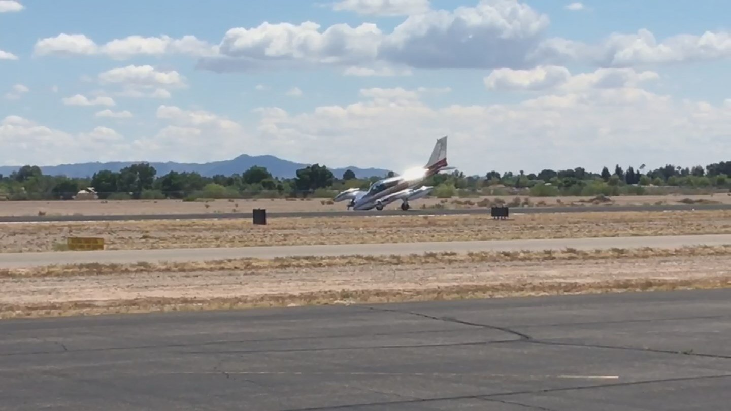 The pilot of a Cessna was forced to make an emergency landing when the plane's landing gear failed (Source: KPHO/KTVK)