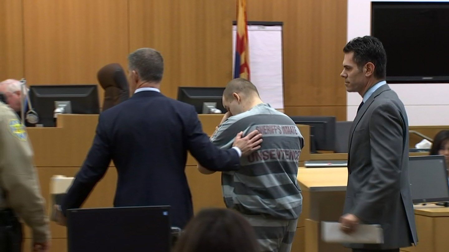 Leslie Merritt in court with his attorneys,  Ulises Ferragut, (left) and Jason Lamm. (Source: KPHO/KTVK)