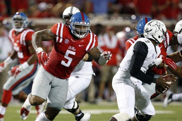 Robert Nkemdiche (Source: Rogelio V. Solis/Associated Press)