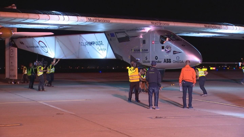 Solar Impulse 2 (Source: KPHO/KTVK)