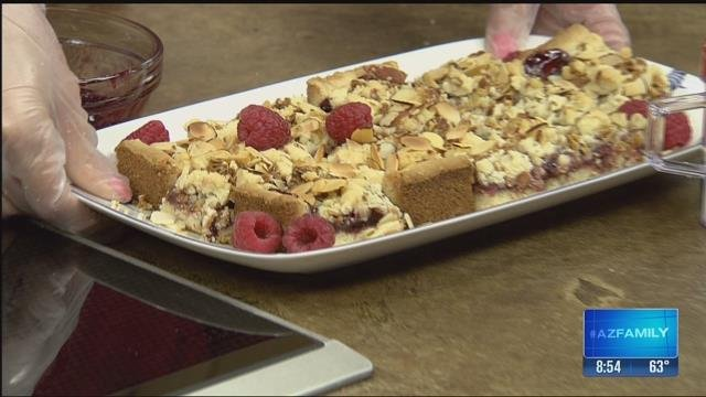 Raspberry Crumble Bars (Source: KTVK)