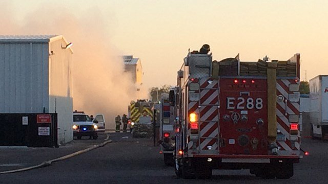 Fire at Chandler recycling plant at 1100 North Hamilton St. (Source: Gabriel Rodriguez, KPHO/KTVK)