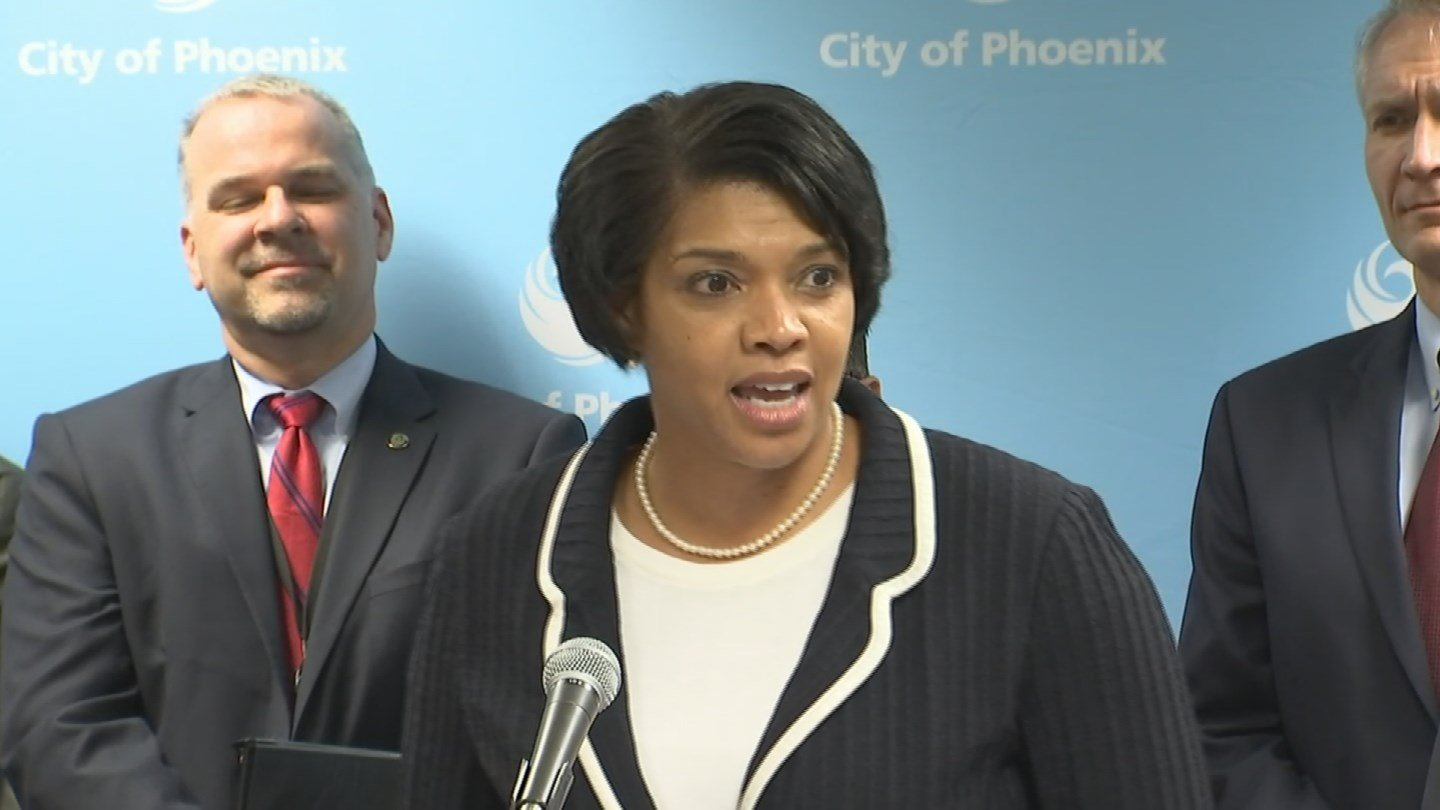 New police chief Jeri Williams introduced to public (Source: KPHO/KTVK)
