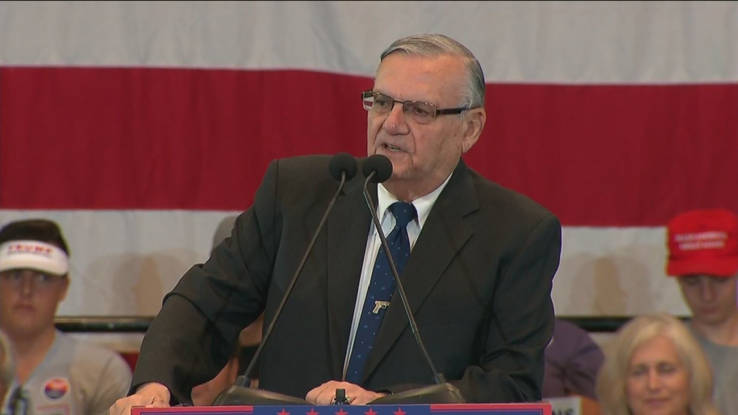 """Speaking before the GOP candidate for vice president took the stage, Maricopa County Sheriff Joe Arpaio called Pence """"a winner."""" (Source: KPHO/KTVK)"""