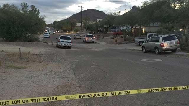 Phoenix police say 3 shot, injured after neighbor dispute