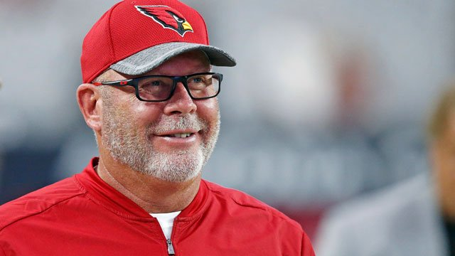 Arizona Cardinals head coach Bruce Arians smiles as he paces the sidelines prior to an NFL preseason football game against the Oakland Raiders Friday, Aug. 12, 2016, in Glendale, Ariz. (Source: AP Photo/Ross D. Franklin)