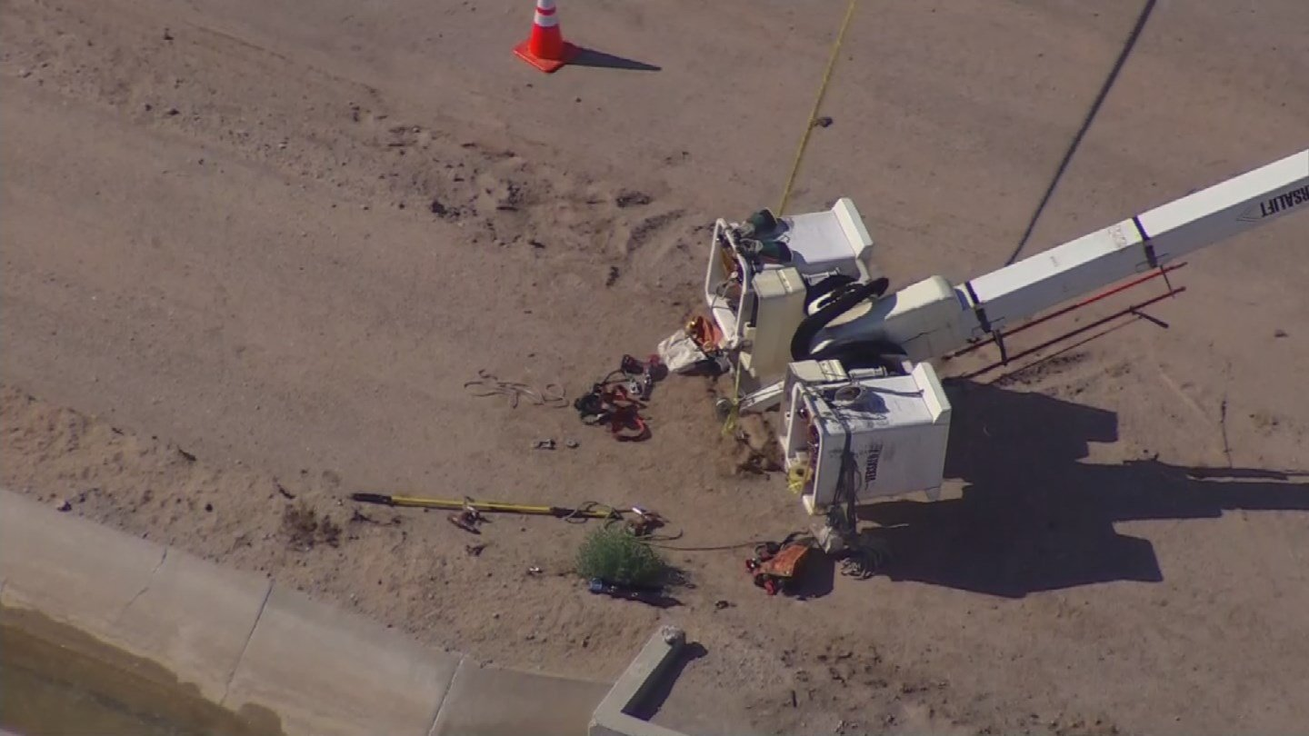 An APS worker came into contact with an electrical line and was badly shocked. (Source: KPHO/KTVK)