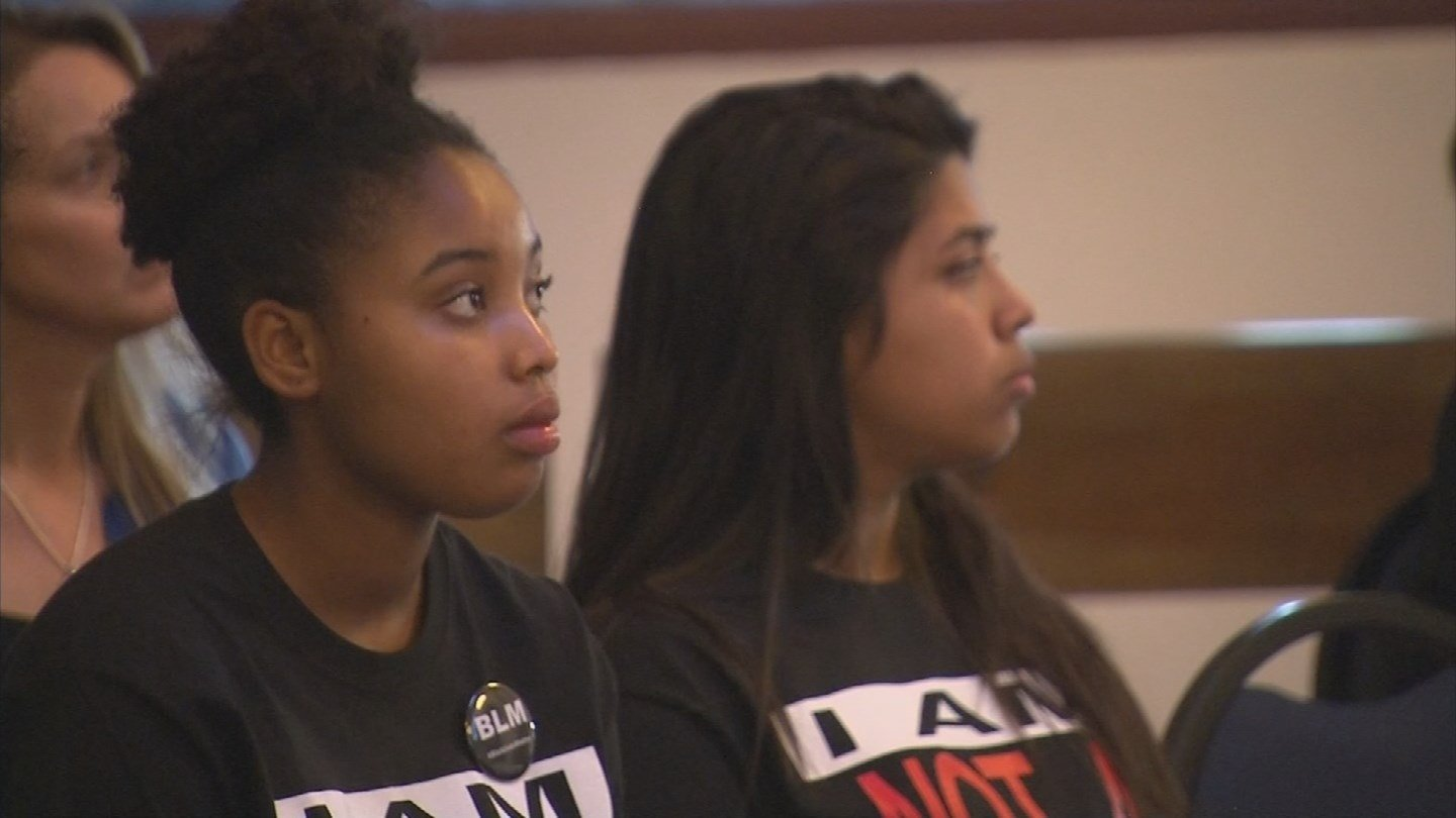 Mariah Harvard attended the school board meeting on Monday in Buckeye. (Source: KPHO/KTVK)