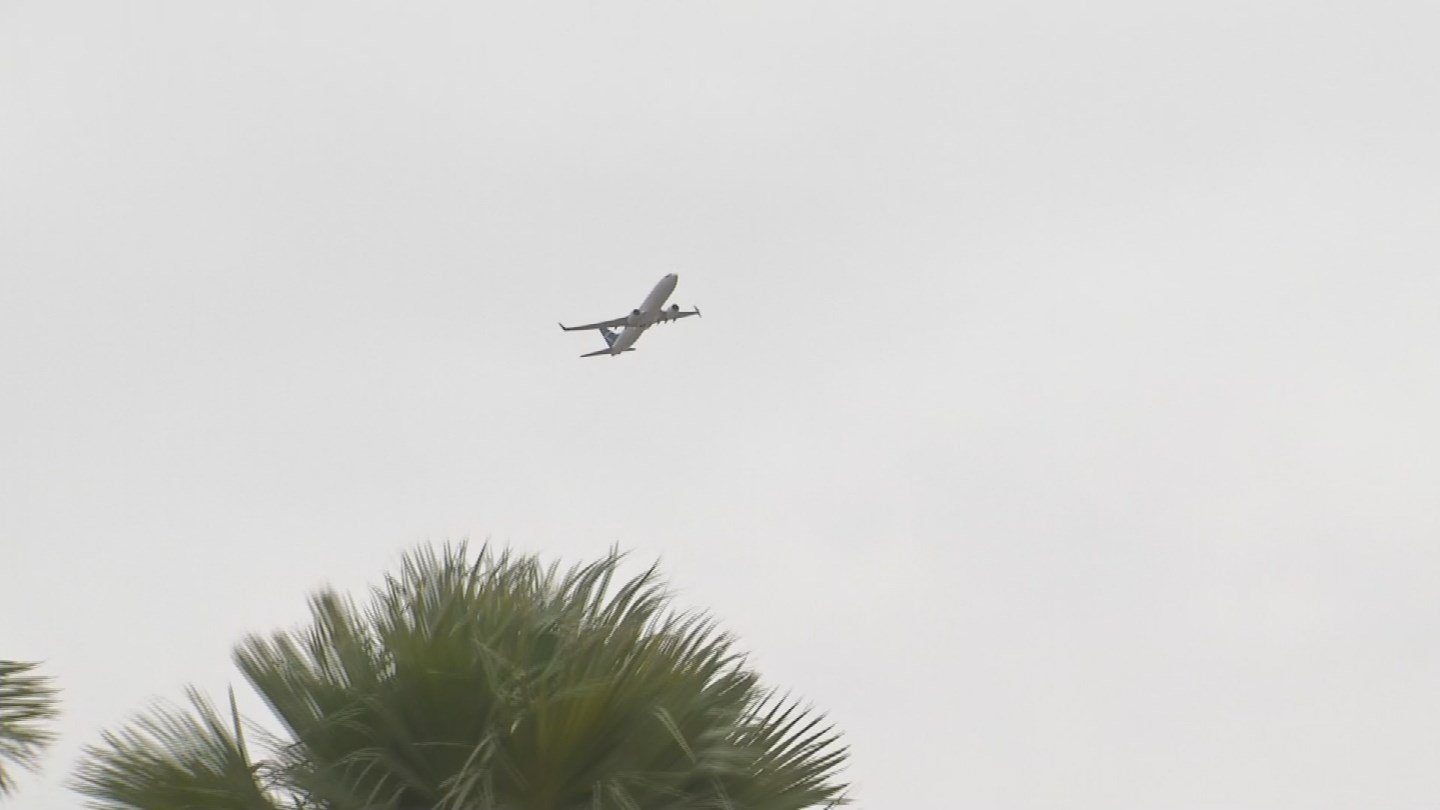 Flight paths have triggered noise complaints from residents in Phoenix and Tempe. (Source: KPHO/KTVK)