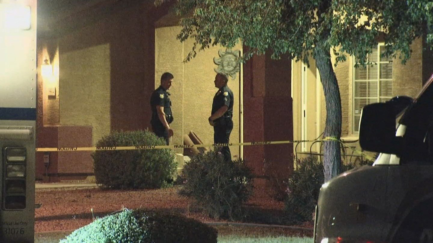 Phoenix Police: Father Killed 2 Daughters, Himself