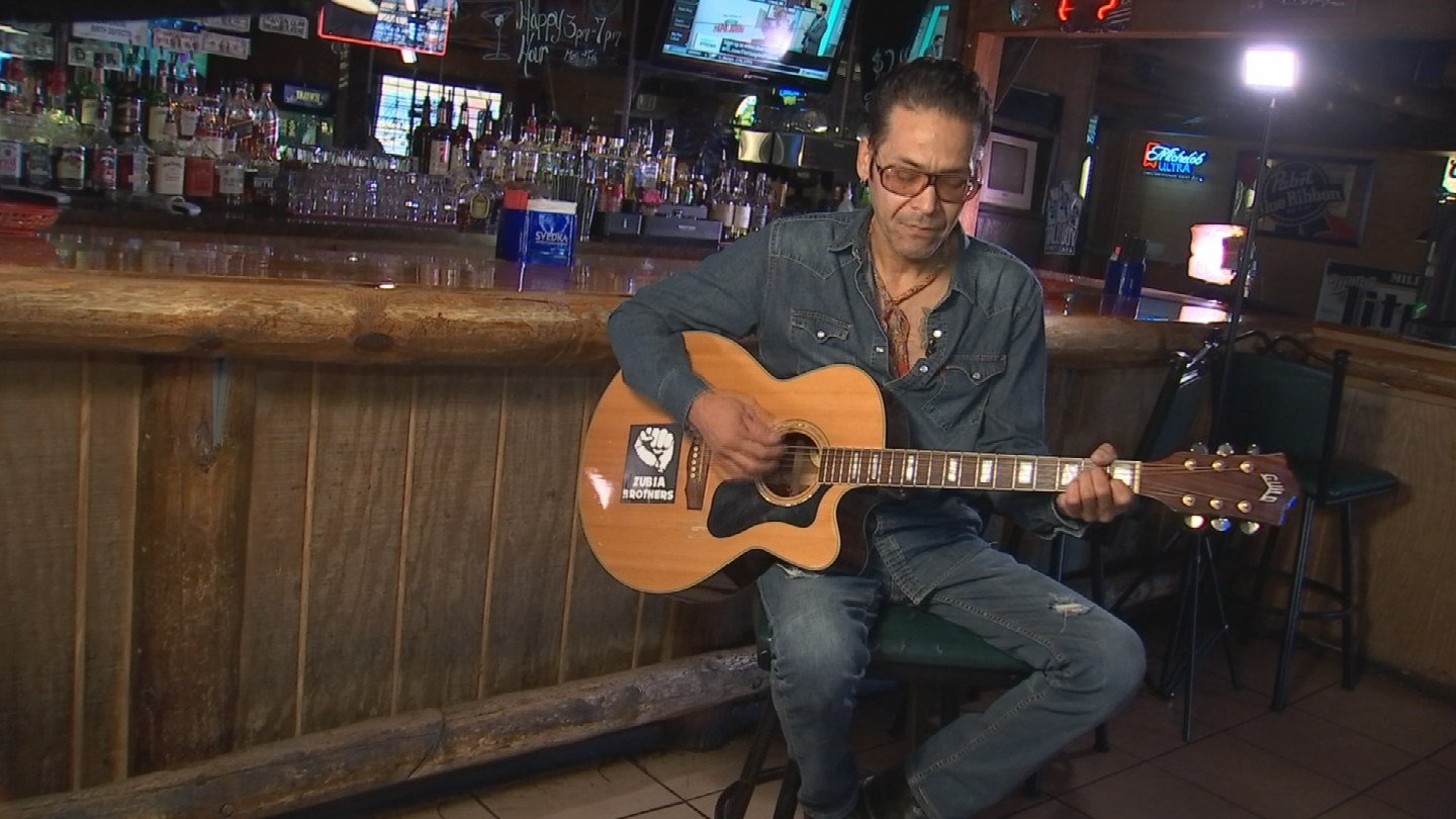 Lawrence Zubia jamming out in Phoenix. (Source: KPHO/KTVK)