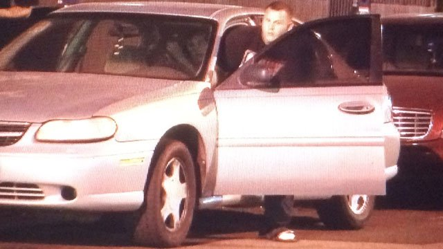 Our photographer was there when Merritt left the jail early Thursday morning. (Source: Rudy Norte, KPHO/KTVK)