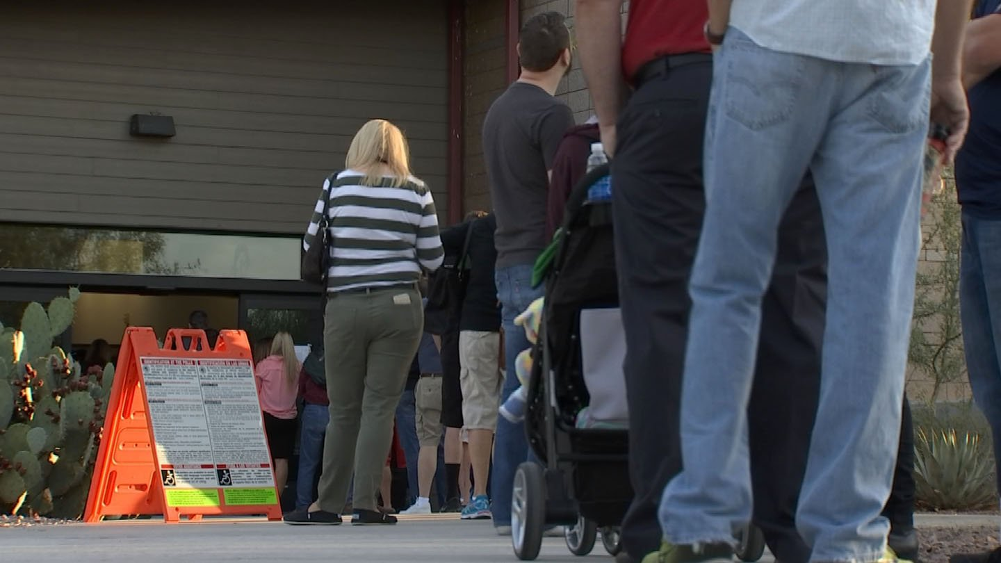 Nevada GOP chair: Polling locations open late so 'certain group' can vote