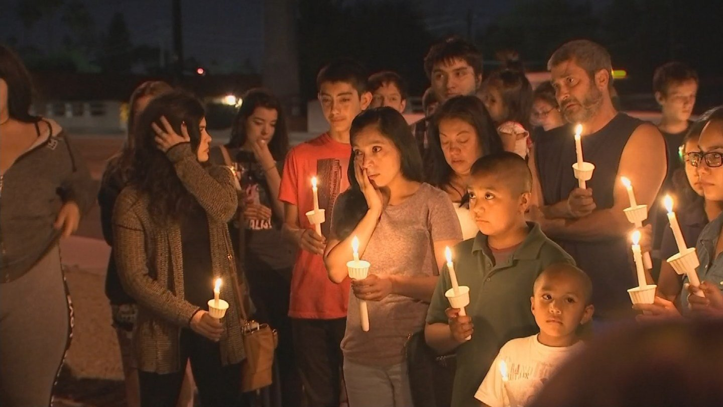 Dozens came together to remember the 2 teens killed in a suspected drunk driving crash. (Source: KPHO/KTVK)