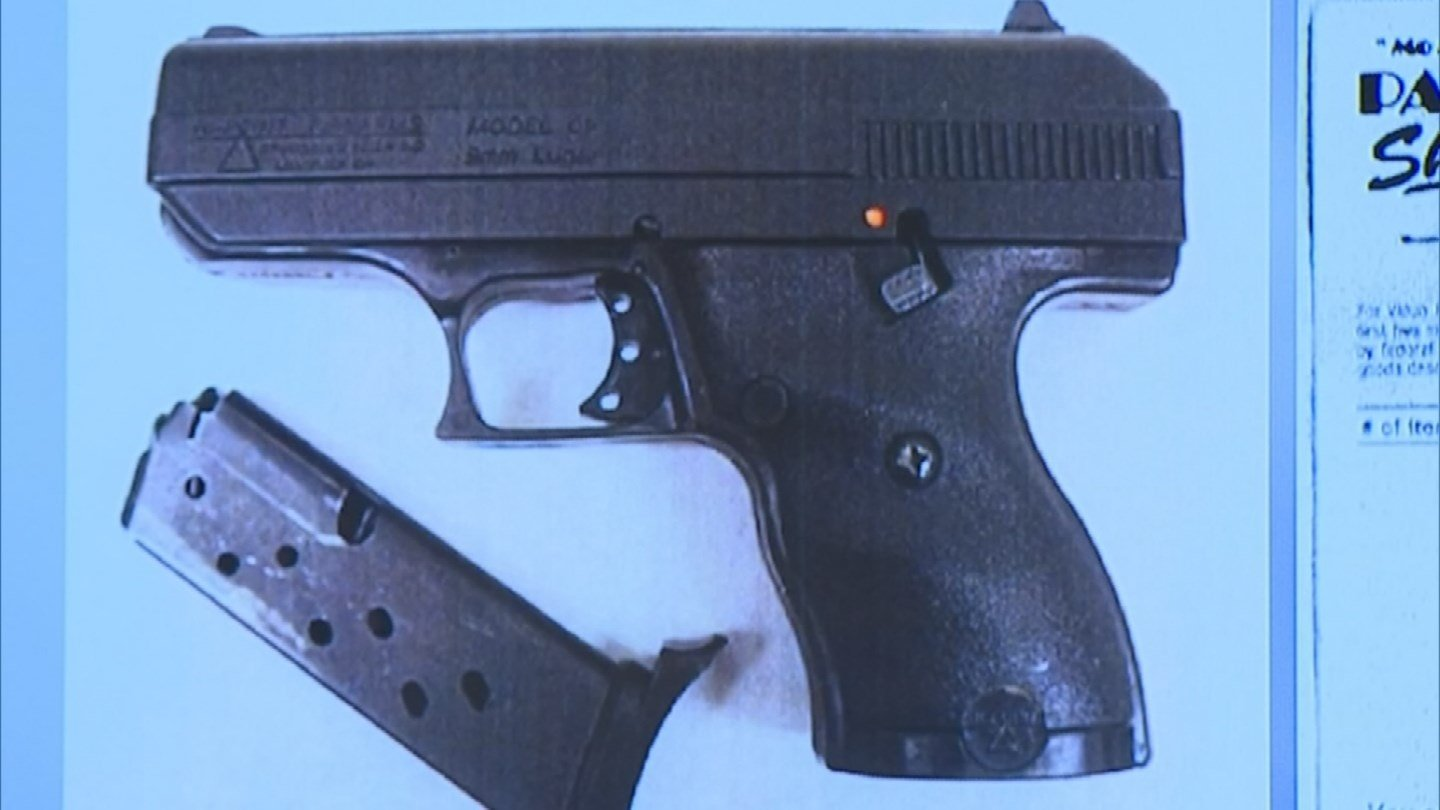 The second expert concluded that there was nothing that suggested that the bullets recovered by investigators were fired by Merritt's gun. (Source: KPHO/KTVK)