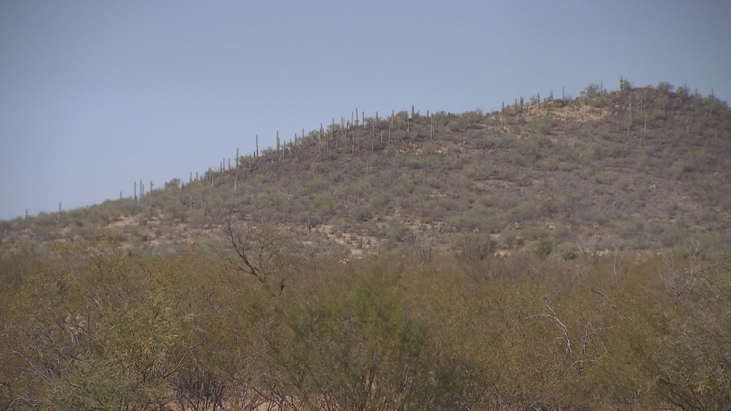 The remaining 64 miles has no barrier at all. (Source: KPHO/KTVK)