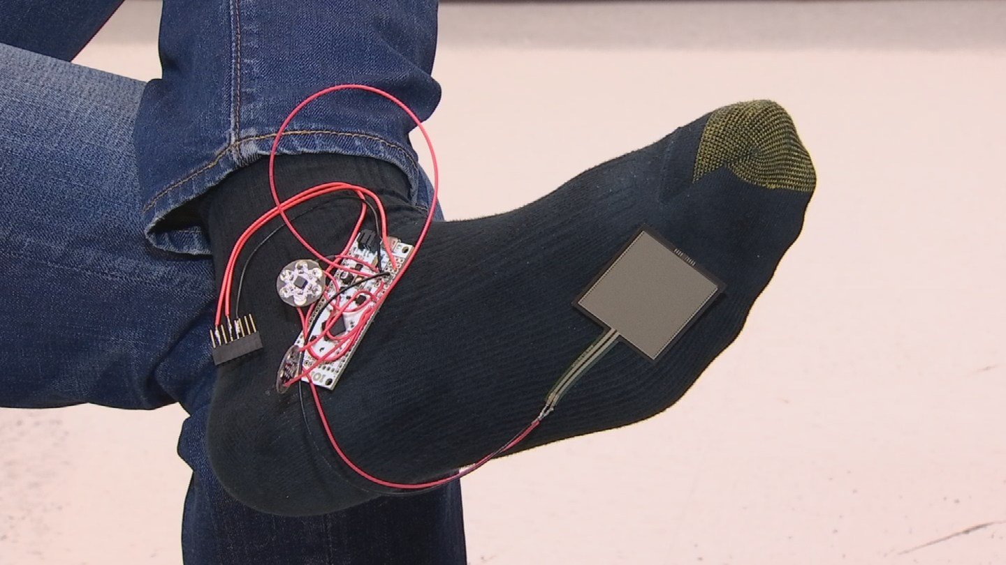 This device would alert people with Parkinson's disease about an oncoming freezing episode. (Source: KPHO/KTVK)