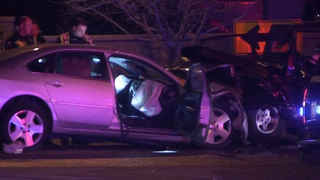 Head-on crash in Goodyear kills 1, leaves 4 injured; all victims under age 18