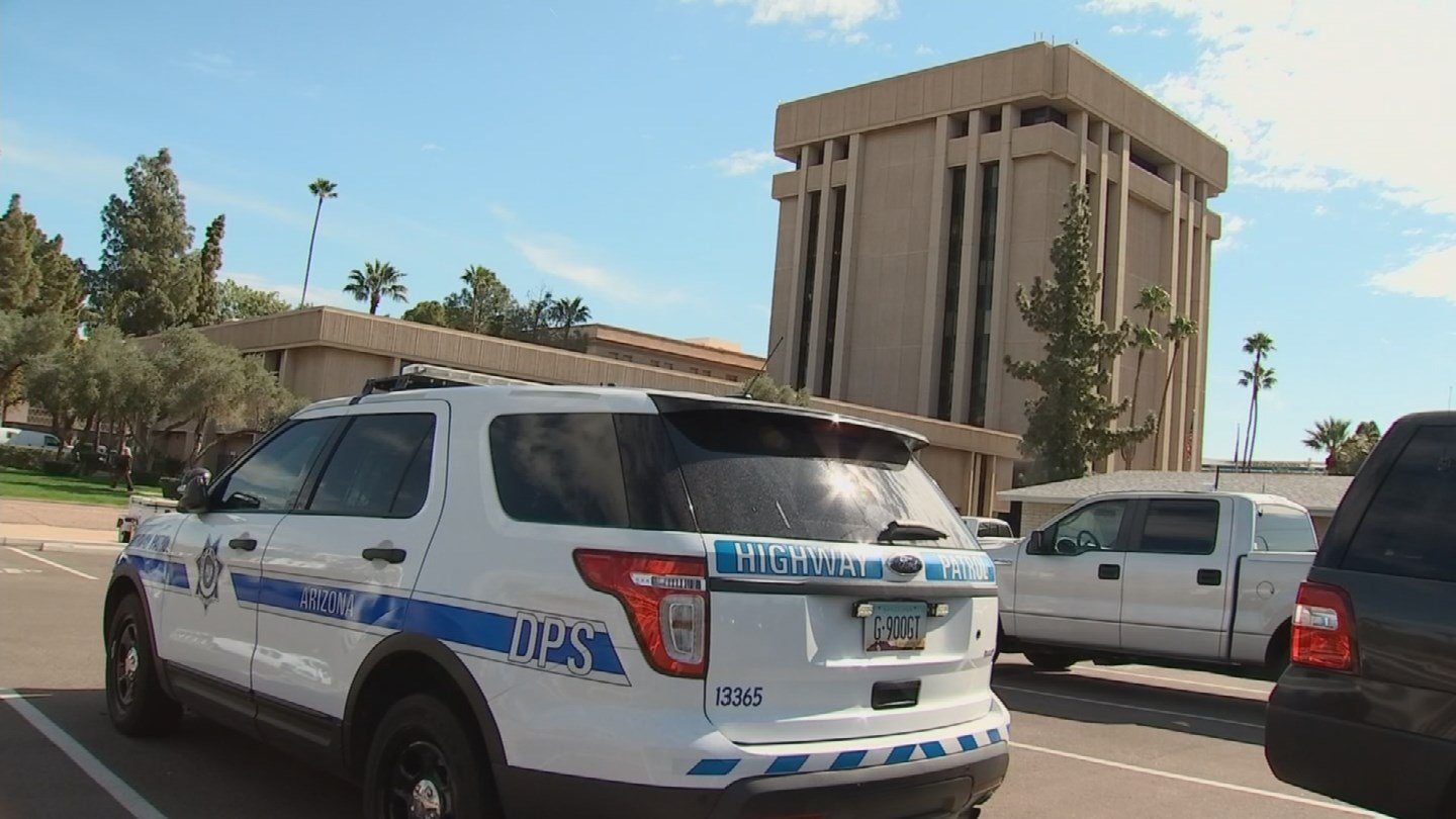 Public safety vehicles used by police and firefighters would be exempt from the bill. (Source: 3TV/CBS 5)
