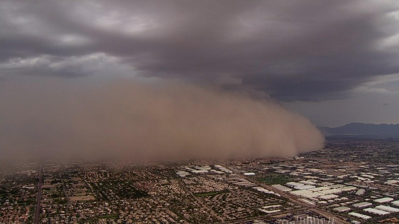 Monsoon Dust Storm in Phoenix, AZ