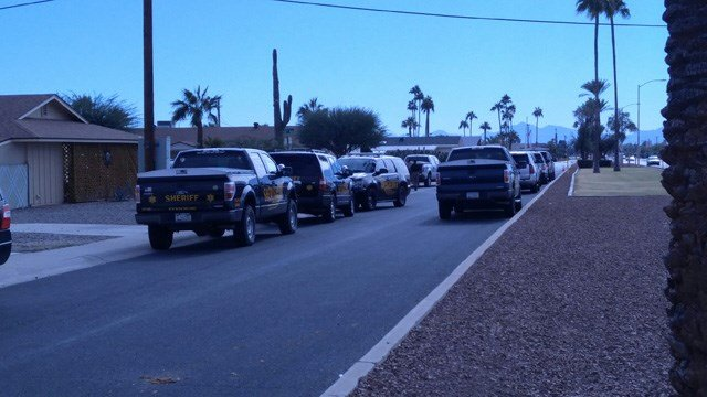 Neighborhood where the officer-involved shooting took place. (Source: Mike Schmidt, KPHO/KTVK)