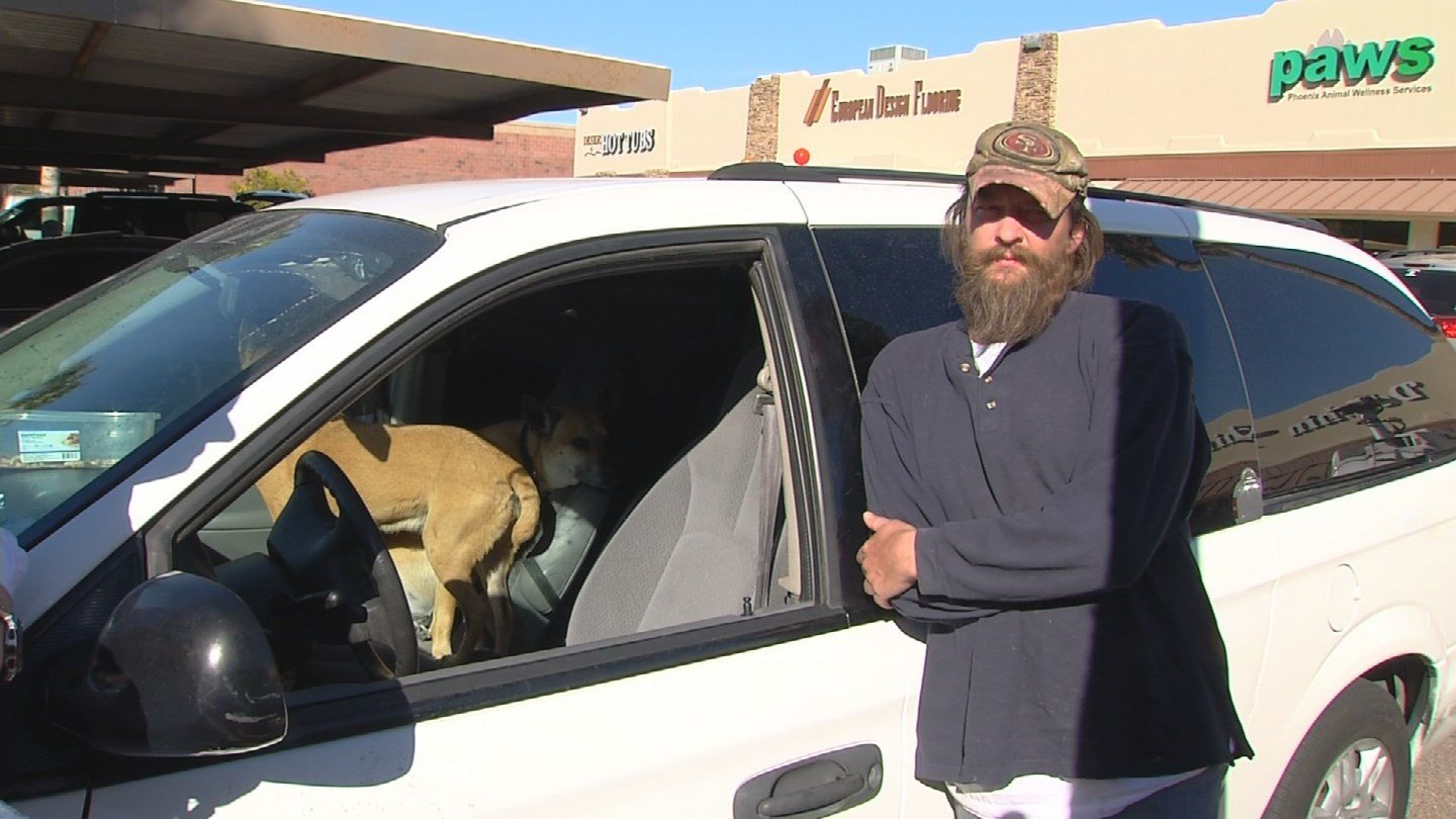 Jeremy Flynn does not want to give up his dogs. (Source: KPHO/KTVK)