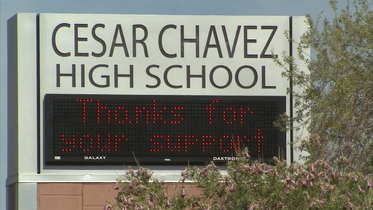 cesar chavez high school essay contest Cesar chavez essay contest deadline: february 13th galeo continues to accept entries to the 8th annual cesar chavez essay contest: high school student (essay may.