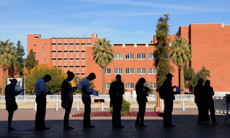 university of arizona online The university of arizona (locally referred to as ua or u of a) is located in tucson, arizona u of a was founded in 1885 and it is the oldest, four-year university in the state.