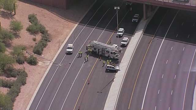 Eb loop 202 red mountain freeway reopens after fatal crash for Red mountain motors mesa az