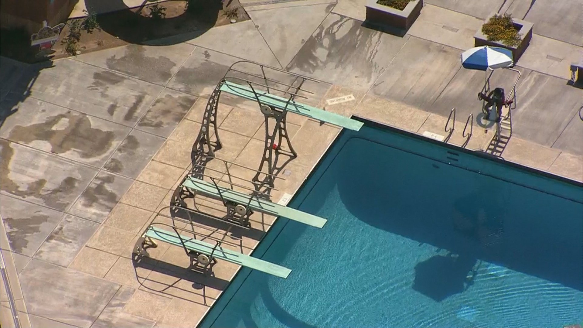 Fd boy 9 falls from high dive onto concrete at pool in for Pool fill in mesa az